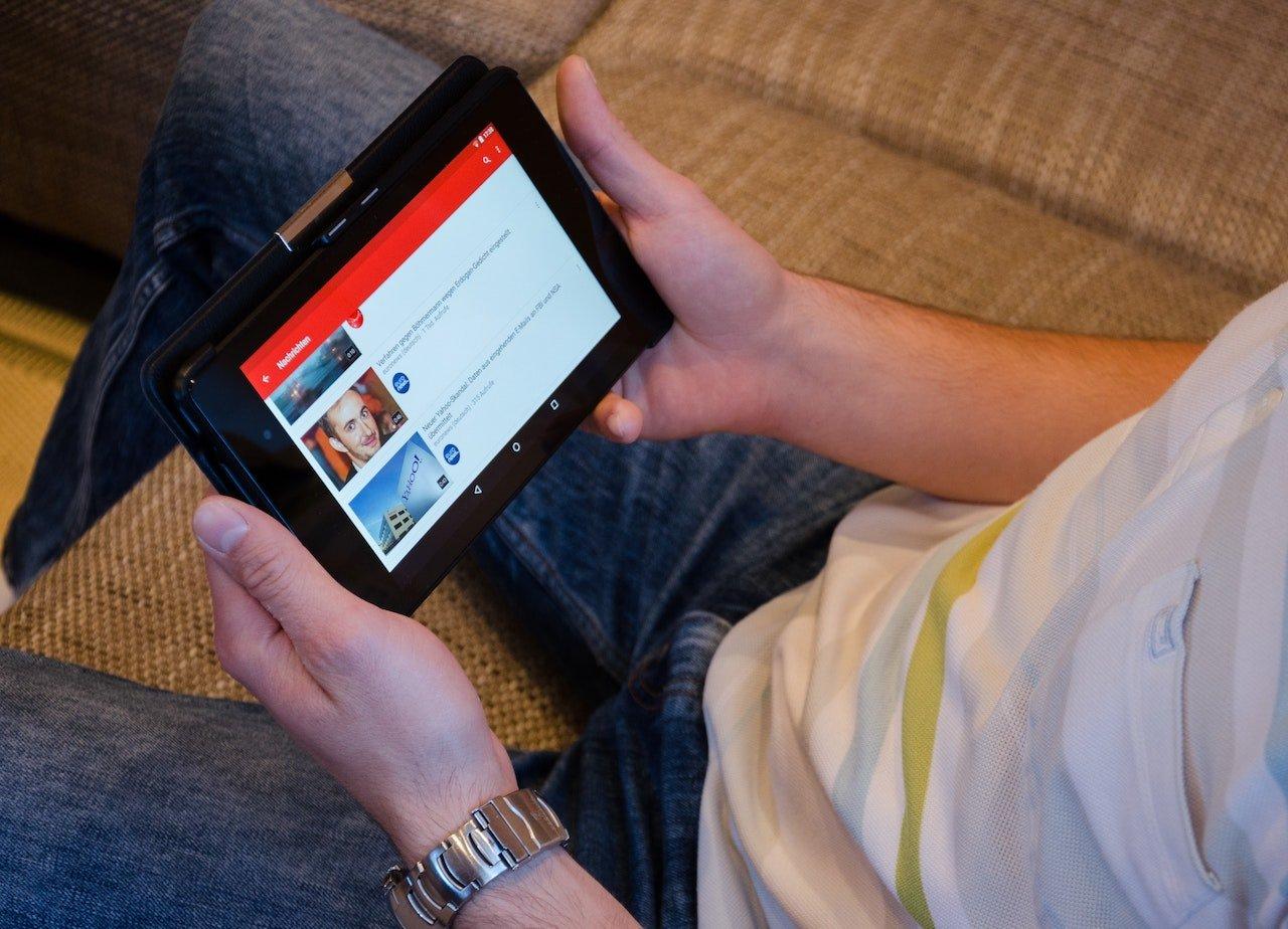 Watching videos on social media
