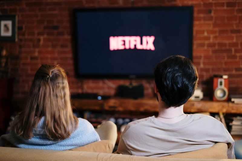 10 Netflix Movies For Couples To Watch