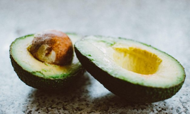 10 Evidenced-Based Health Benefits Of Avocado