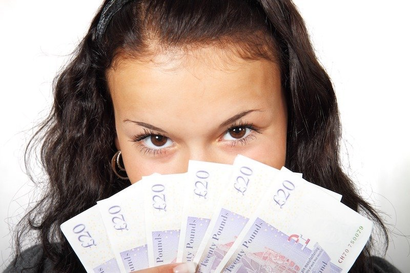 Ten Signs She Just Wants Money